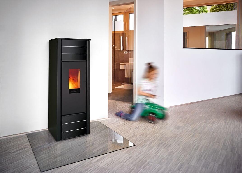 wodtke family nrg pelletkachel boet. Black Bedroom Furniture Sets. Home Design Ideas